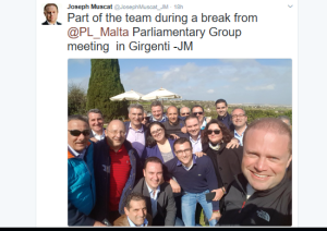 Joseph tweets a selfie from Girgenti